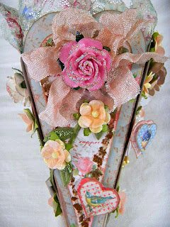 "Another side of the vintage Valentine gift box showing a heart, flowers and ""messy"" bow"