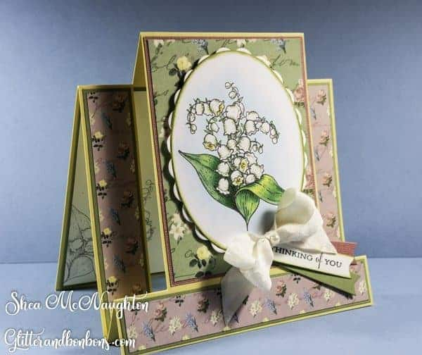 Angled view of floral center step card